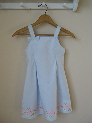 toddler dress with blue bow and flowers