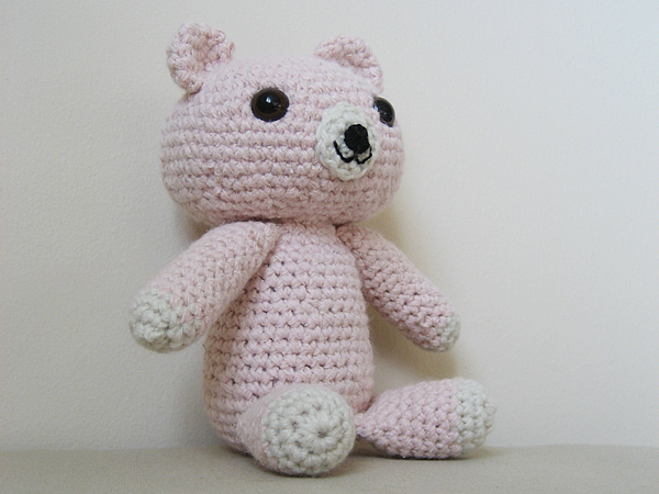 little amigurumi bear
