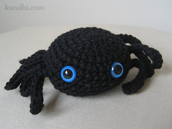 Crochet Amigurumi Spider : halloween crafts: tiny crochet spider pattern make ...