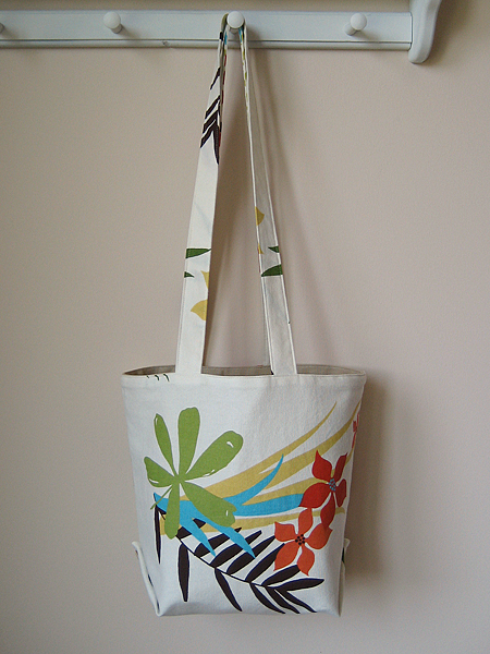 tablecloth lunch tote